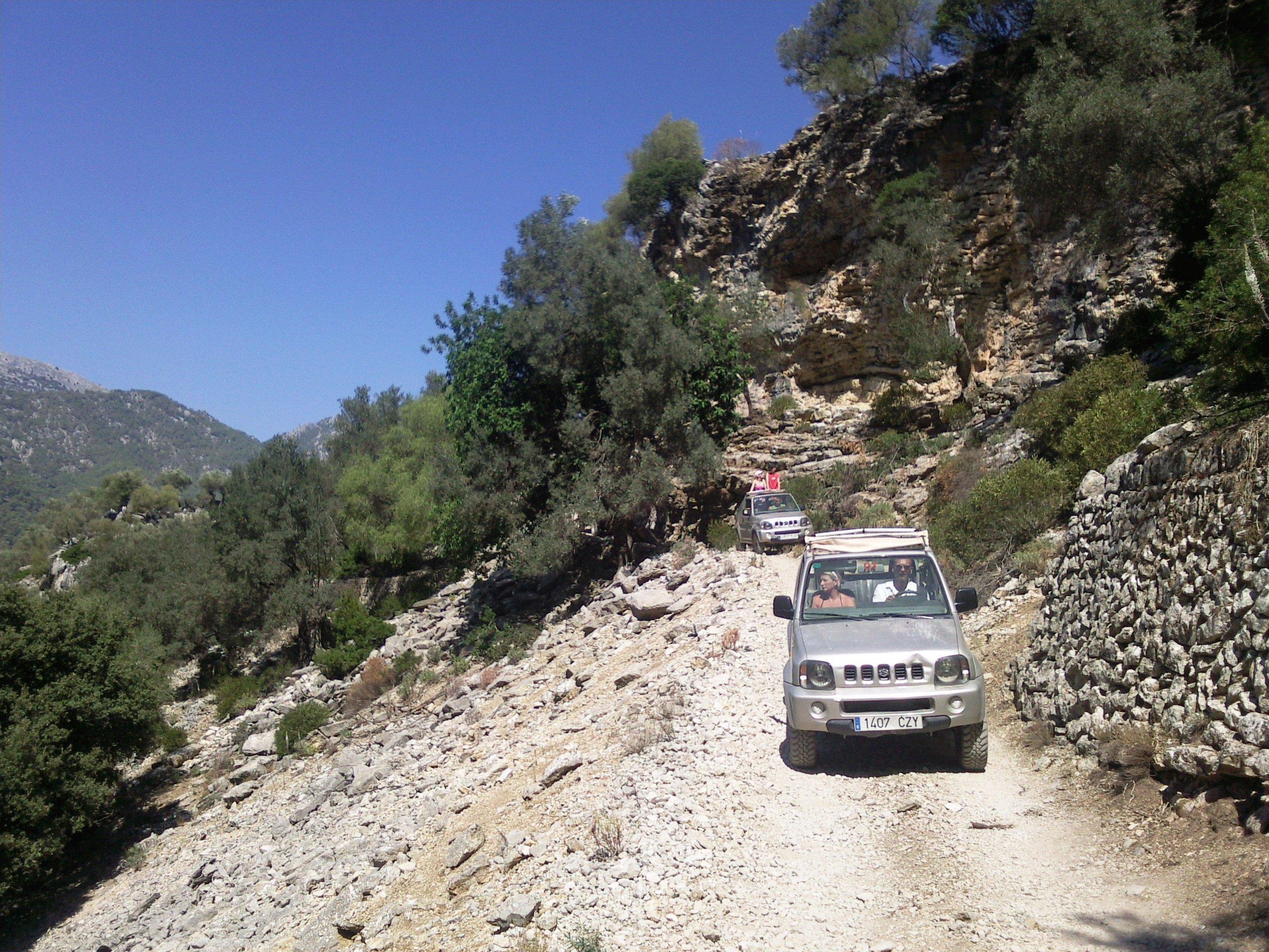 Abireise Mallorca Jeepsafari durch die Berge