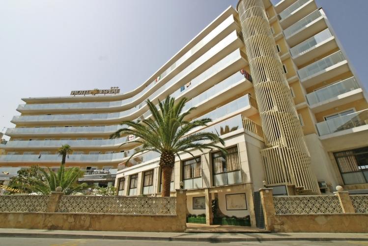 Hotel Esplai Calella Außenansicht